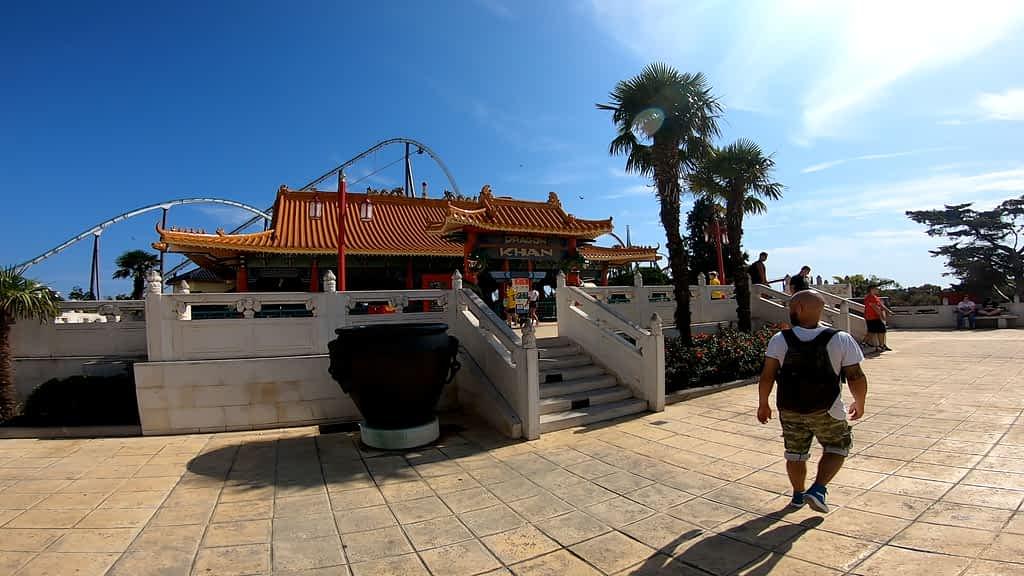 L'area dedicata alla Cina a Portaventura
